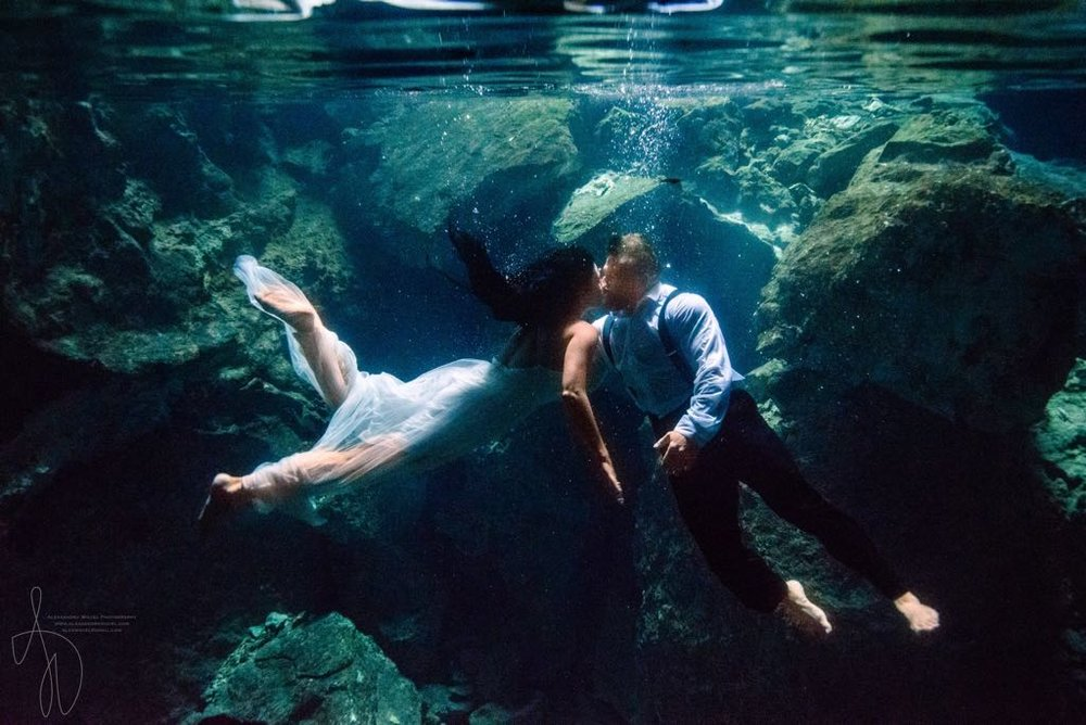 Bonus points if you make your couple jump in a Mexican cenote. Because epicness.