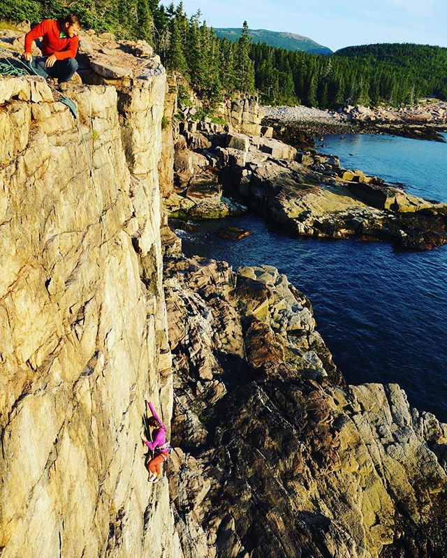 After a brief interruption, it seems that the awesome weather is coming back around. Feels good to be climbing again! #rockclimbsofacadia #climbing_pictures_of_Instagram #acadianationalpark