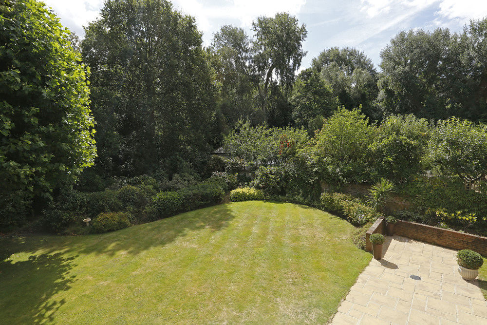 Coombe Ridings 11 - Patio view.jpg