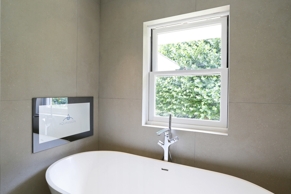 Coombe Ridings 11 - Bath detail.jpg