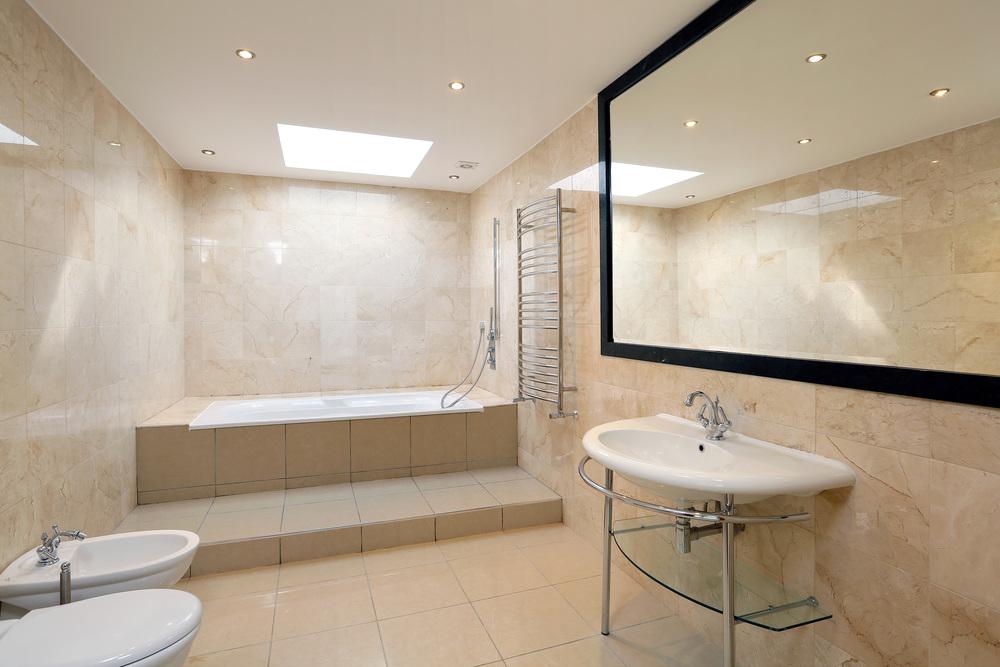 Newnham - M Bath.jpg