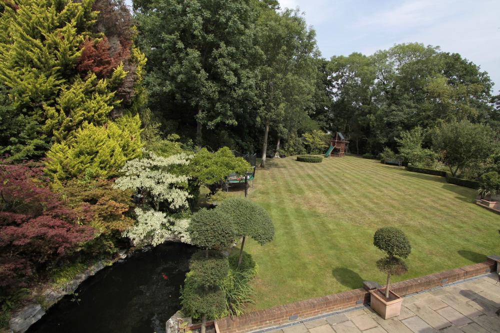 Thornley - View - Pond.jpg