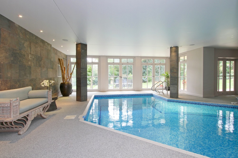 Ellington Lodge - Pool 1.jpg