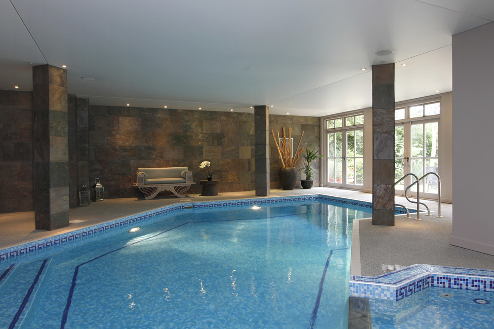 Ellington Lodge - Pool 2.jpg
