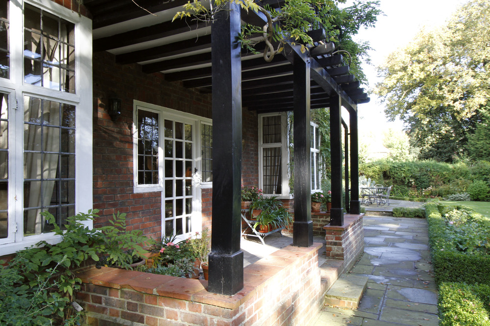 Edgecombe Close 5 - Veranda.jpg