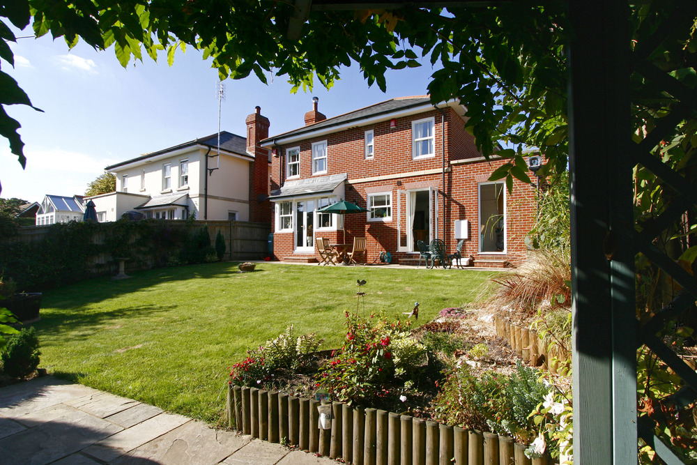 Coombe Lane W 84 - Gdn-Rear.jpg
