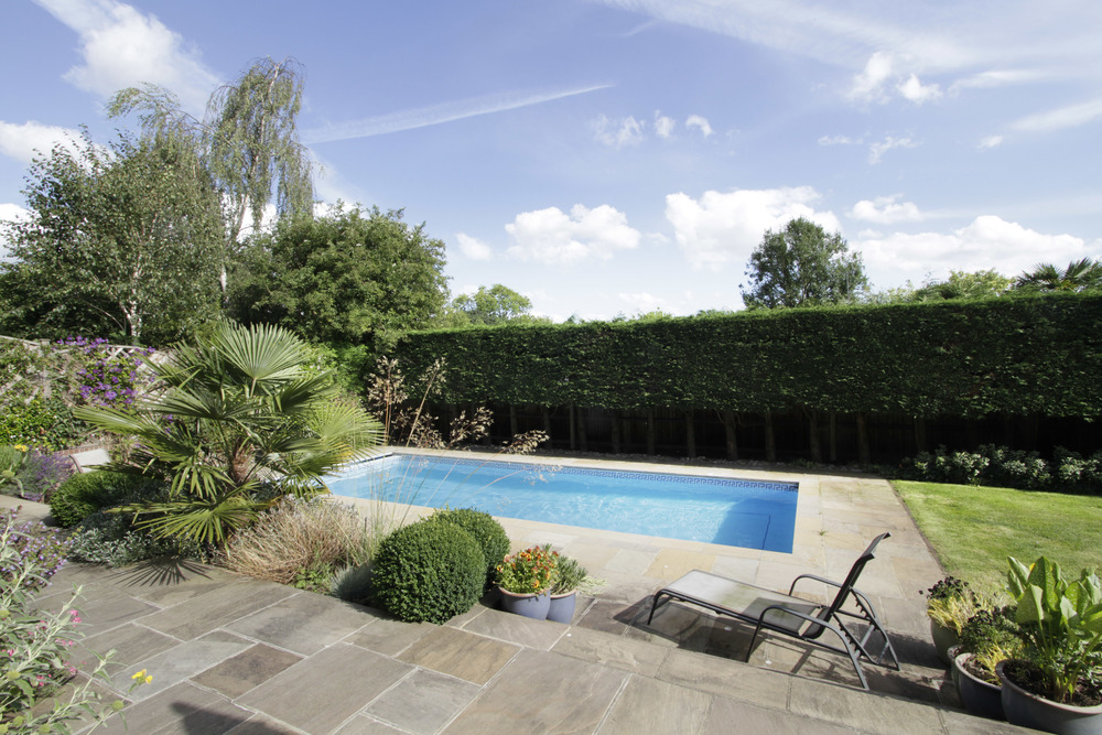 Turret Hse - Gdn - Pool.jpg