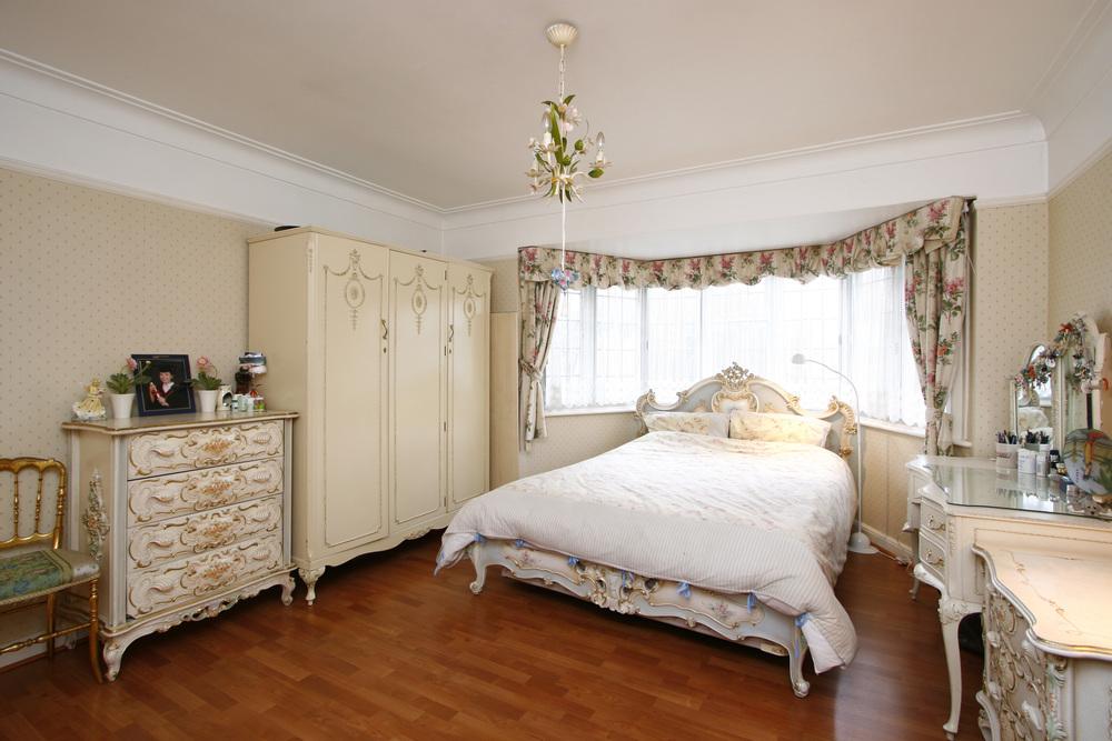 Dickerage Rd 17 - Bed.jpg