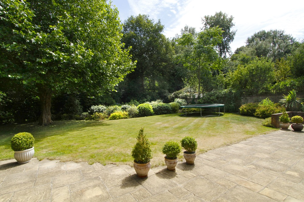 Coombe Ridings - Gdn.jpg