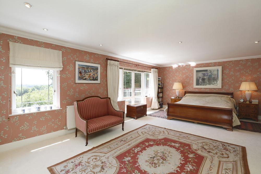 Cardinal House - M Bed.jpg