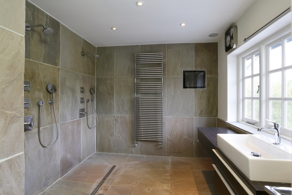 Coombe+Lane+W+19+-+Shower.jpg