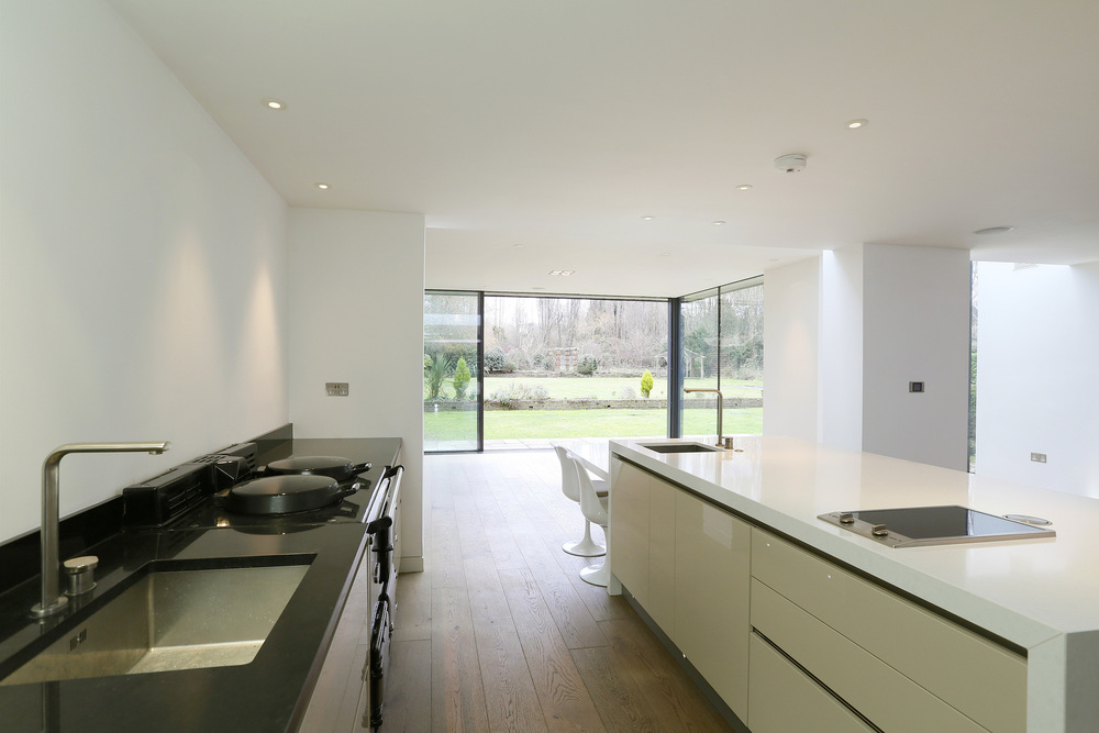 Coombe+Lane+W+19+-+Kitch-Gdn.jpg