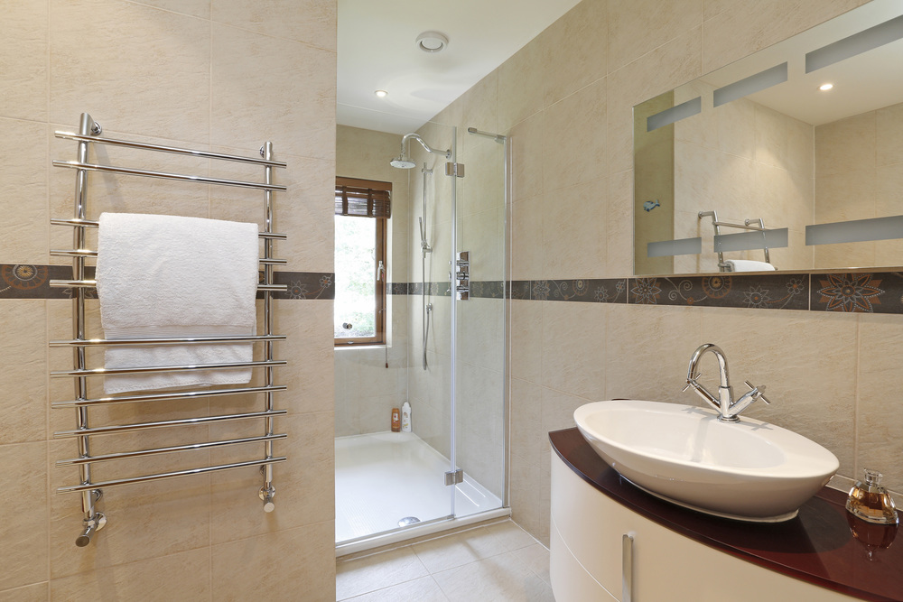 Coombeside - Shower.jpg