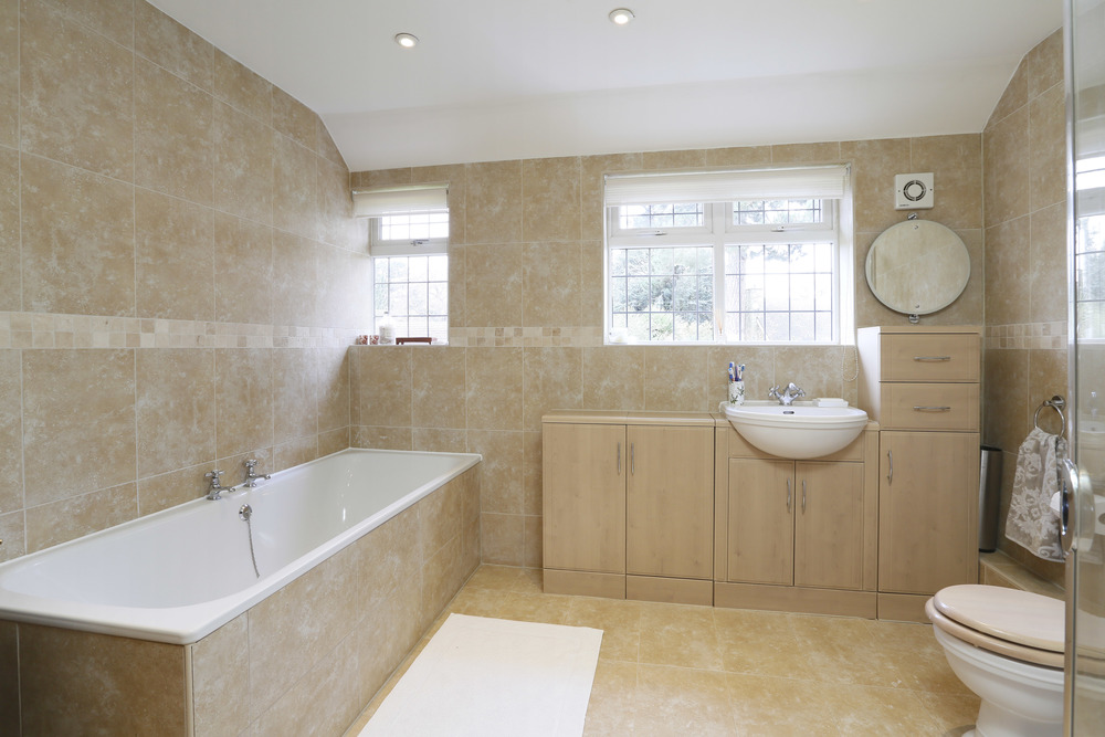 Wall Garth - Bath.jpg