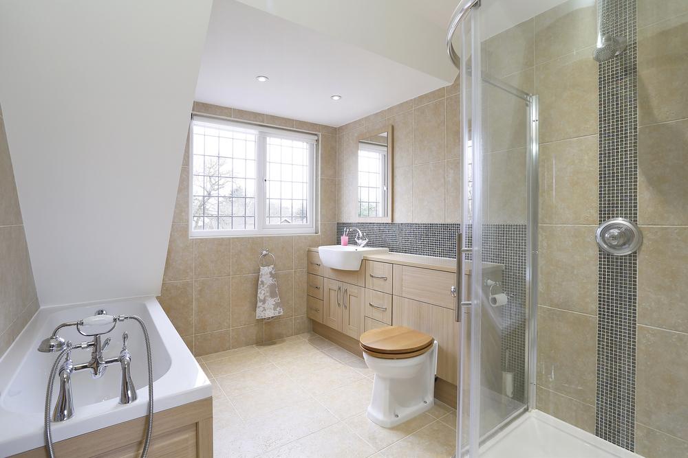 Wall Garth - Top Bath.jpg
