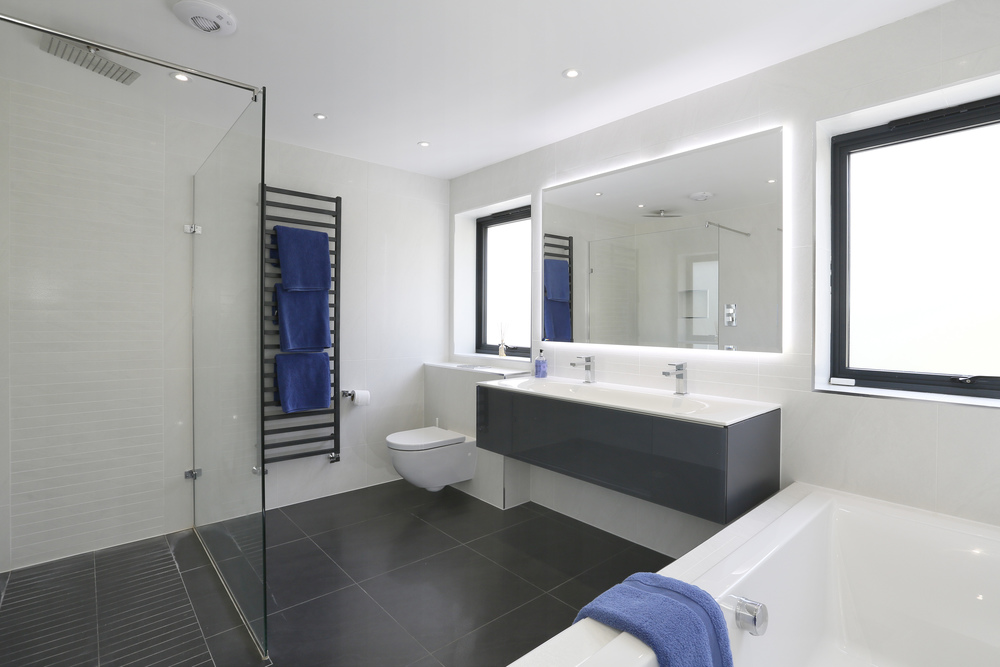 Henley Drive 5 - Bathroom.jpg