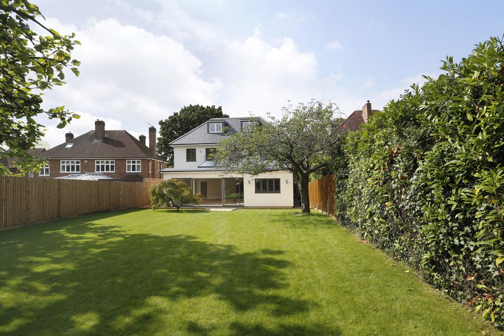 Kenley House - Gdn - Rear.jpg