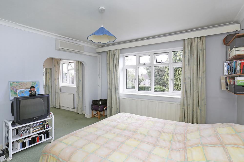 Burghley Rd 21 - M Bed.jpg