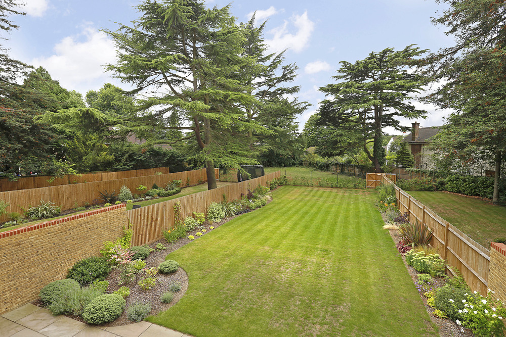 Fairlawn 3 - Gdn-view.jpg