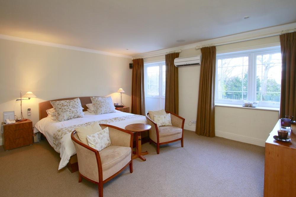 Waverley - Bed.jpg