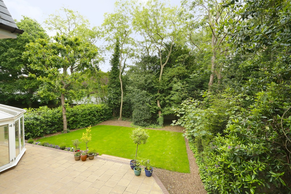 Devey Close 12 - View - Gdn.jpg