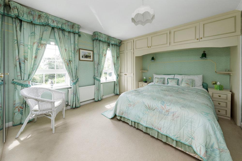 Pinewood-Manor,-George-Road,-Kingston-KT2-7NR-4.jpg