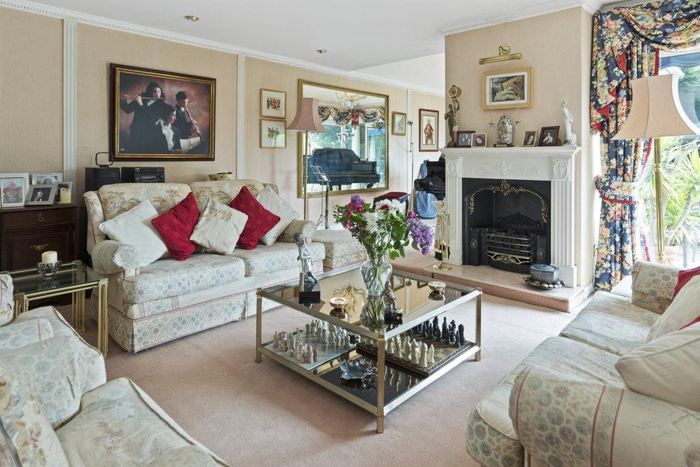 Pinewood-Manor,-George-Road,-Kingston-KT2-7NR-20.jpg