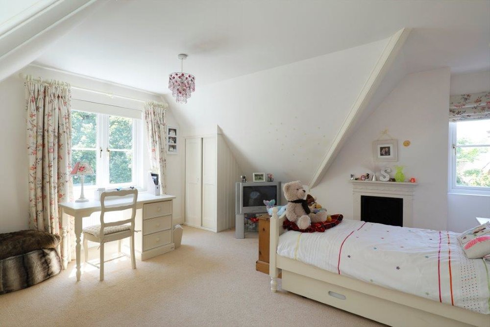 Mayfield - Top Bed 2.jpg