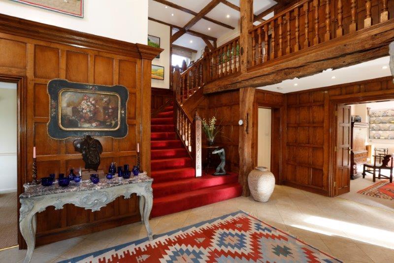 Westside Common 20c - Hall stairs.jpg