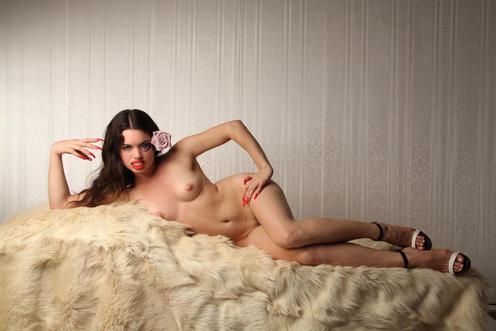 VENUS-GIRL.jpg