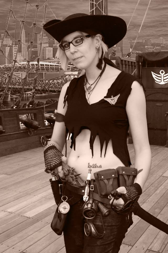 Captain Alstromaria Coine - Captain of the Airship Centroid.jpg