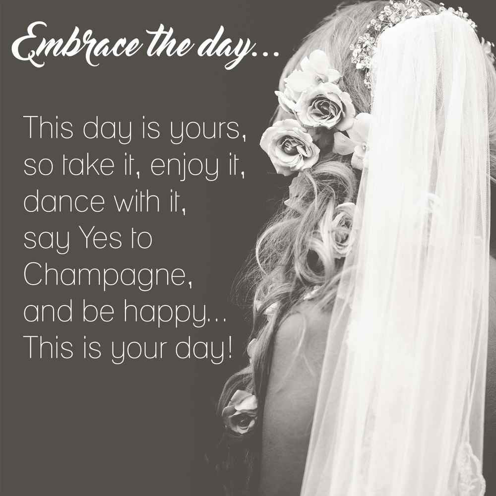 tipsforWEDDINGphotos-Embrace.jpg