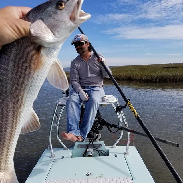 Poled a bit and got on the pointy end. @eastcapeskiffs @floodtideco @patagonia @patagonia_flyfish