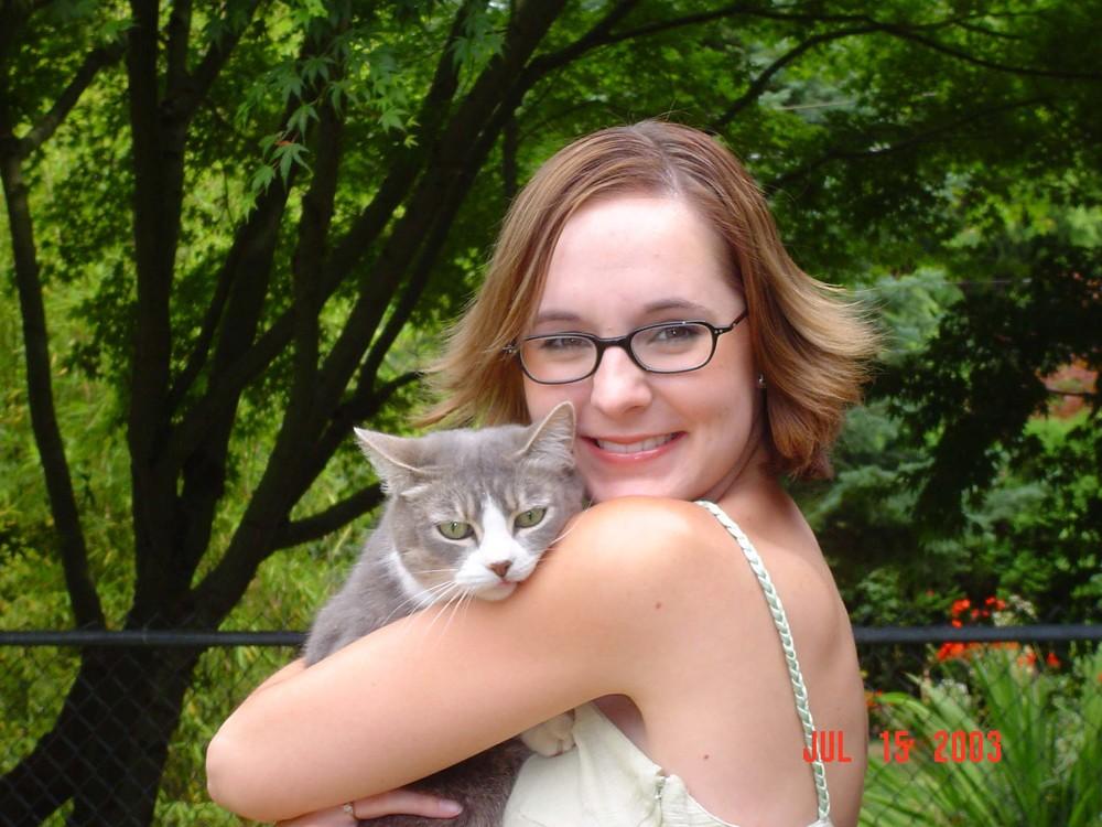 cat072003.jpg