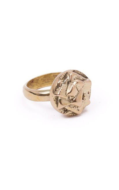 rose_looking_ring__00735.1436800725.500.659.jpg
