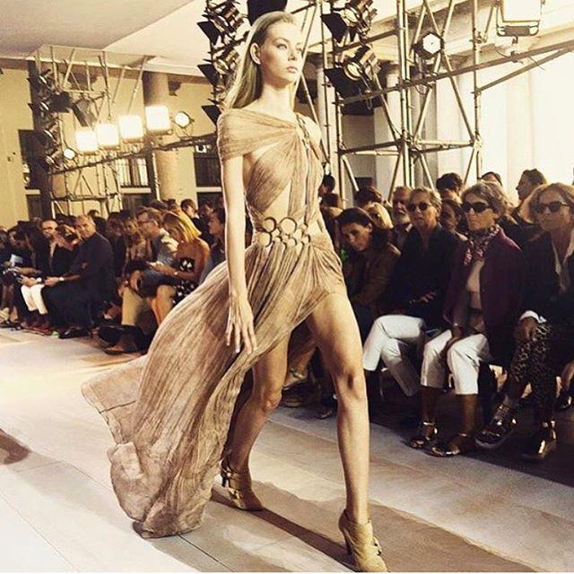 Stunning. Milan fashion week