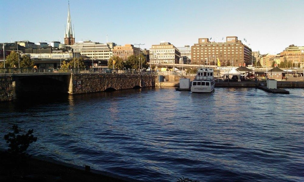 AGIL OCH TRADITIONELL PROJEKTLEDNING & BROKER AV IT-TJÄNSTER