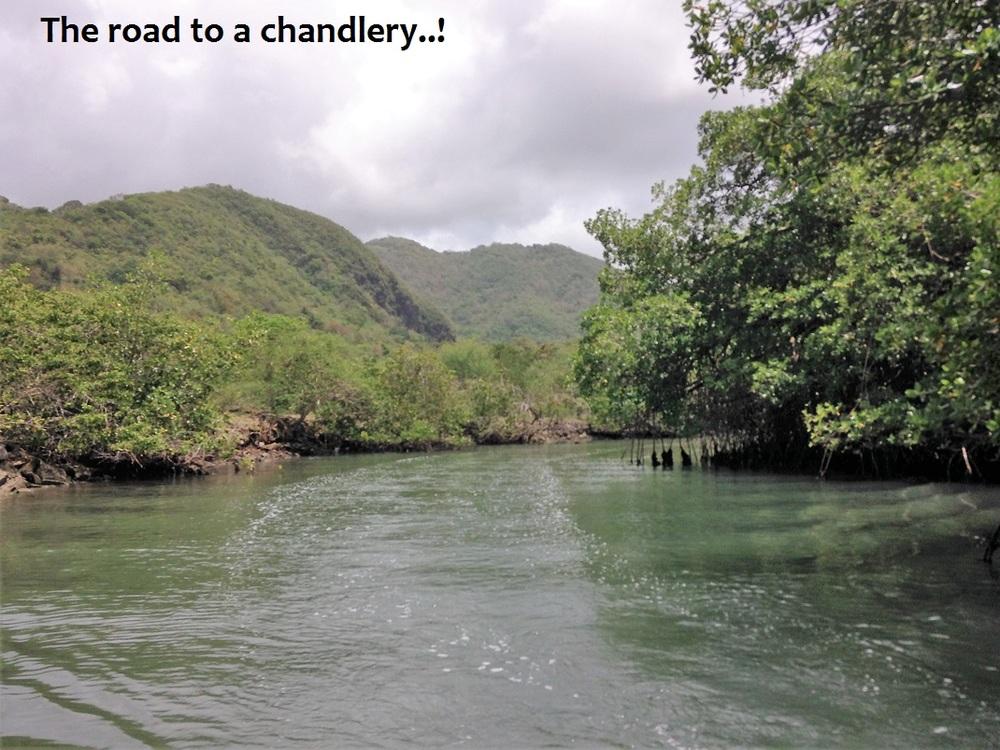 passage to chandlery.JPG