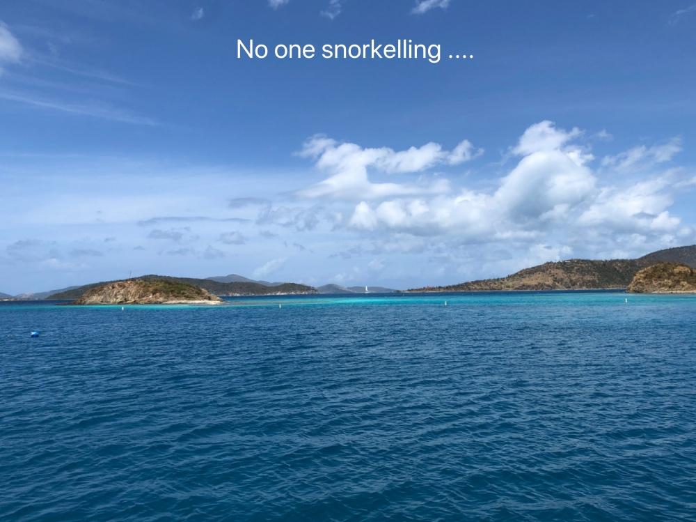no one snorkelling.jpg