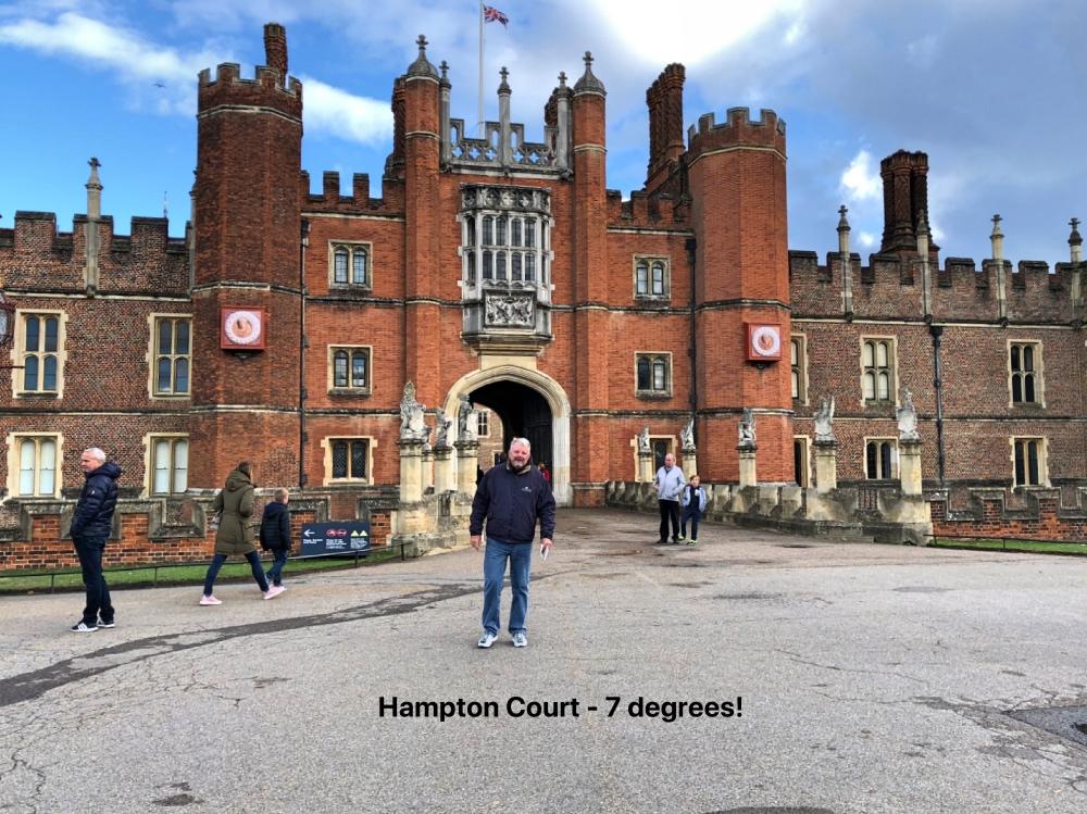 P Hampton court.jpg