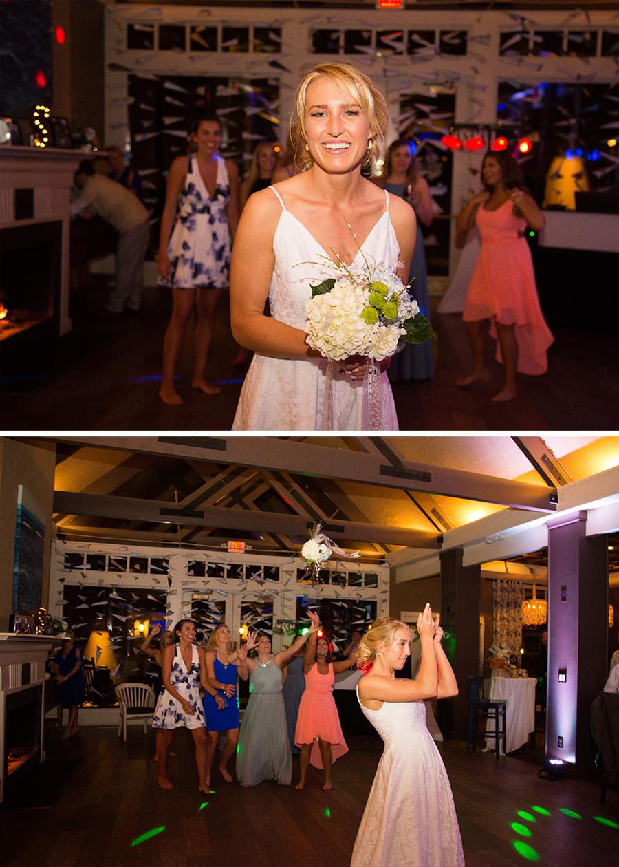 bouquet toss.jpg
