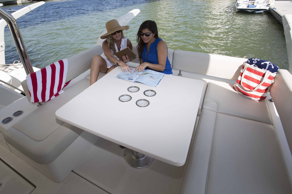 MarineMax 443 aft table conversion.jpg