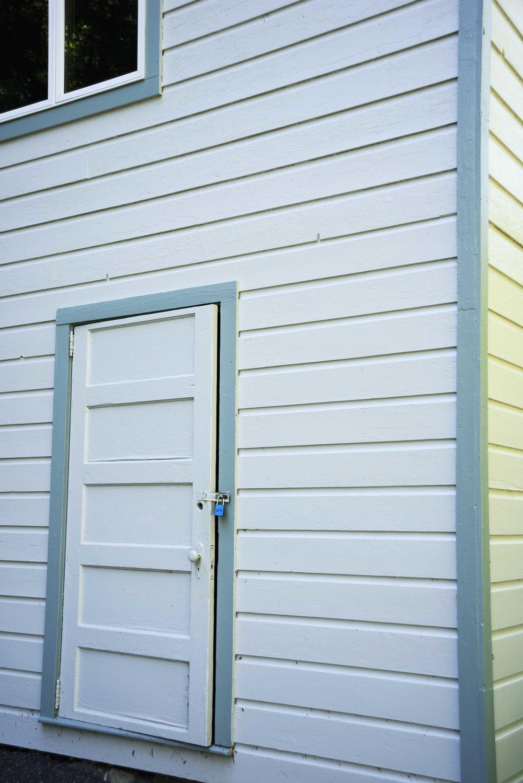 _DSC6200door omega18web.jpg