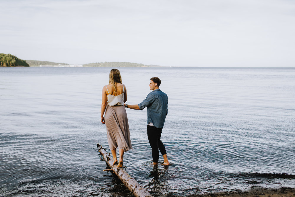 dave-and-pring-photography-lunenburg-engagement-session-bluenose-south-shore-mason-beach