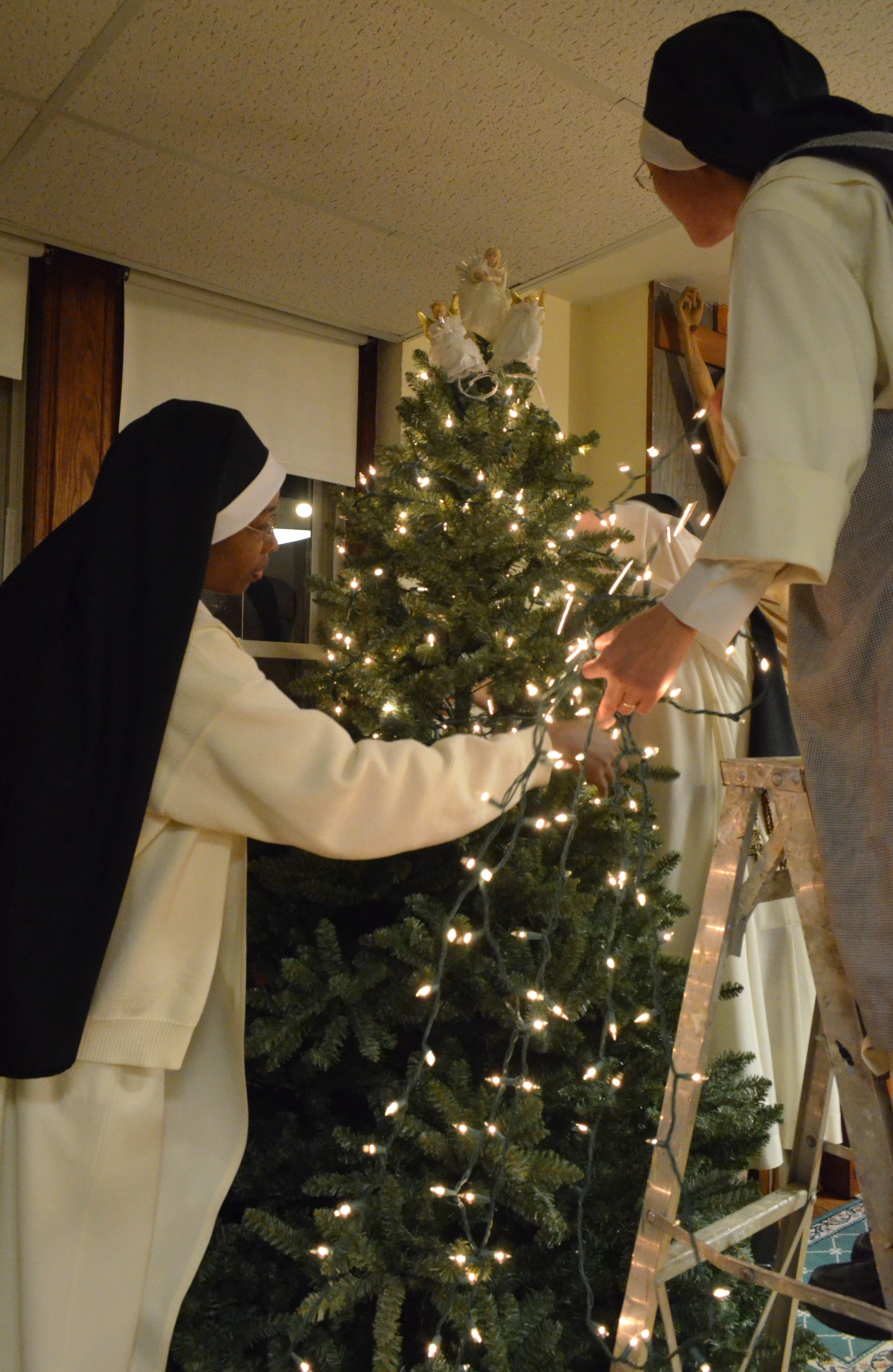 How many nuns does it take to string lights on a Christmas tree??