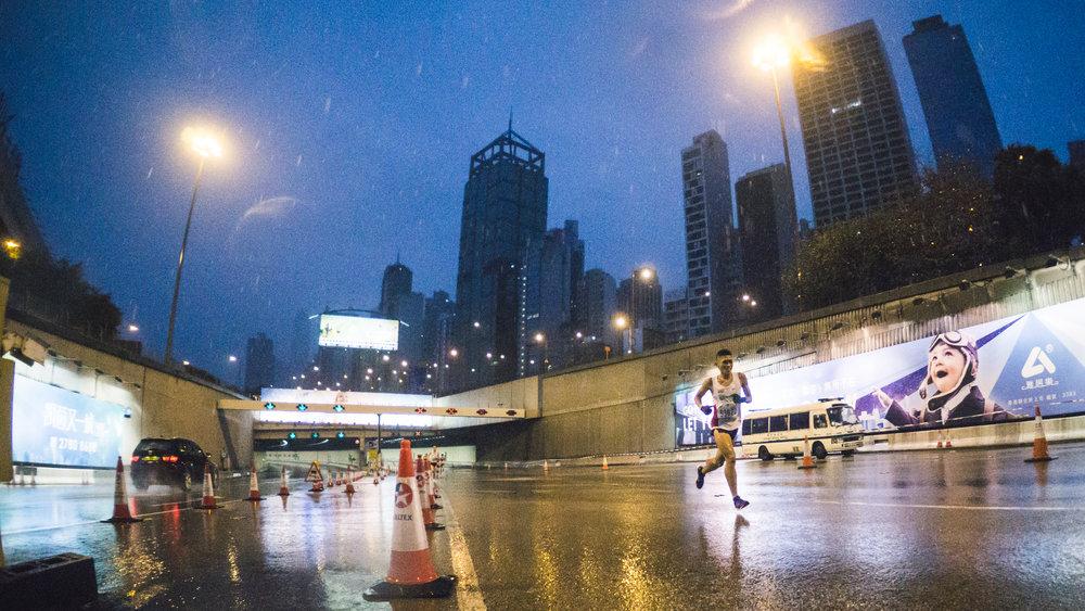 一月一個滂沱大雨的清晨,第一個在 HKSPA 參加的大型攝影活動-渣打馬拉松Standard Chartered Hong Kong Marathon 2016   More Photos at here
