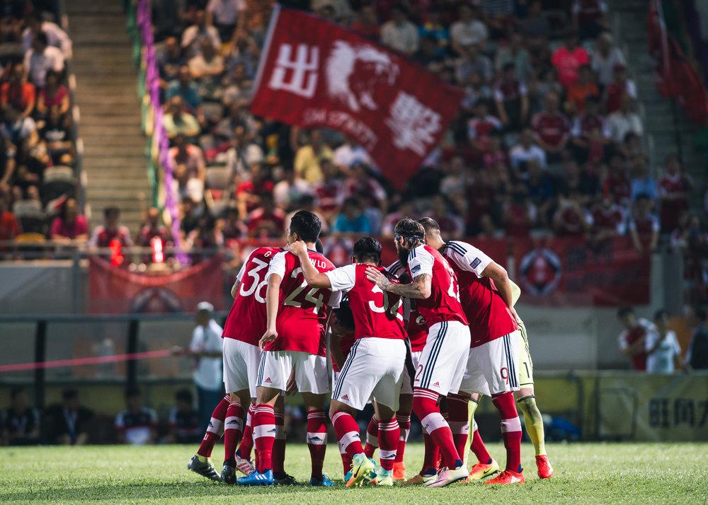 九月跟南華足球隊拍攝亞協盃賽事,更有機會隨隊作客馬來西亞柔佛DT