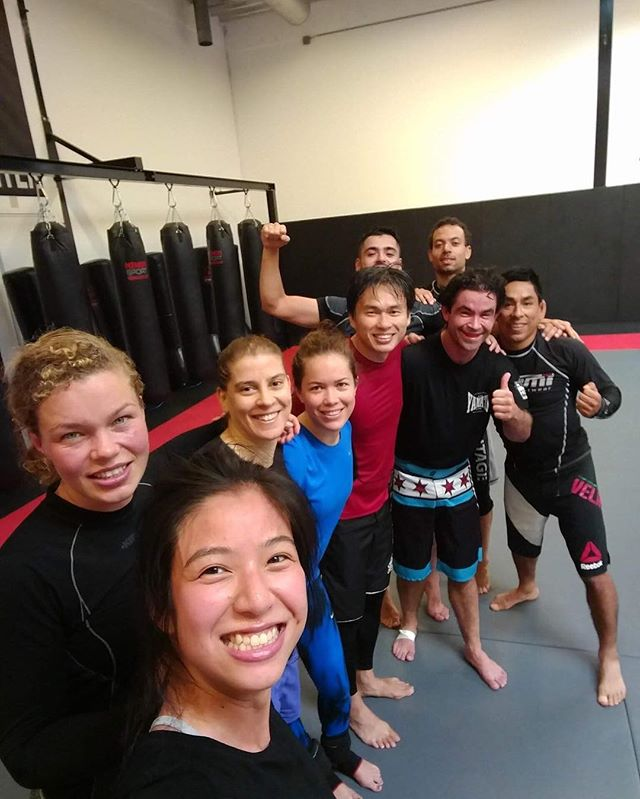 Thanks again for training this morning guys! See you at the next training!#NoGi  #SubmissionGrappling #MMA #Wrestling #Grappling #BJJ #BJJLife #amsterdamtrainingcenter #Amsterdam #MartialArts