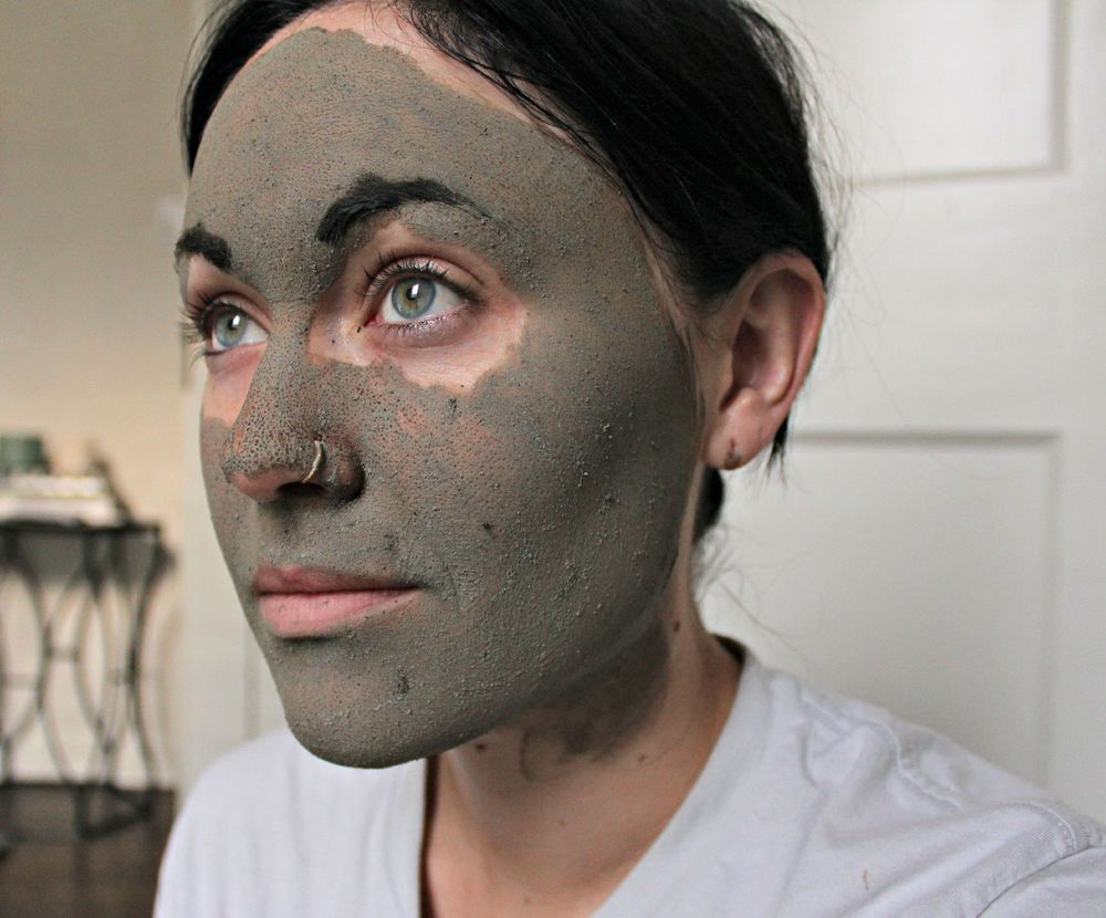 May Lindstrom 'the problem solver' mask