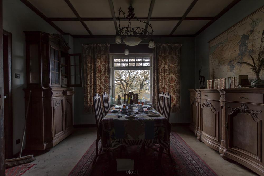 - Abandoned House - BE -